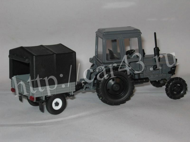 мтз 82.1 вытаскивят мтз 952 с прицепом 8 тонн из погриба.