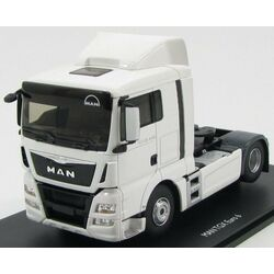 MAN TGX LX, white towing vehicle